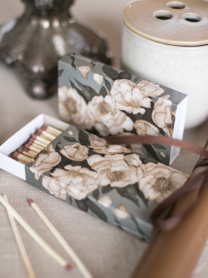 matchbox_peonies_green_mrs_mighetto_quod