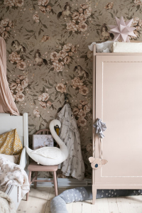Wallpaper_ponies_green_pink_kids_room