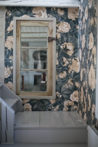 Wallpaper_flowers_blue_romantic_Mrs_Mighetto