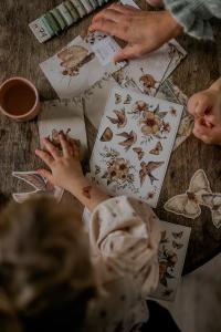 Temporary_tattoos_kids_flowers_birds_Mrs_Mighetto